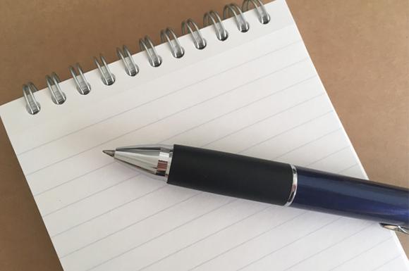 メモ帳と多機能ボールペン