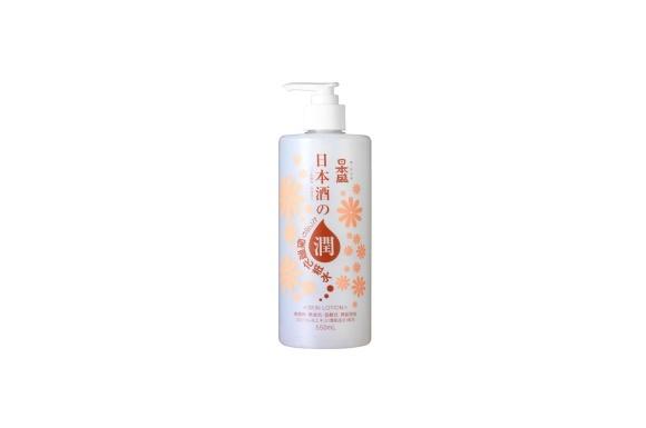 日本酒のたっぷり保湿化粧水 550ml