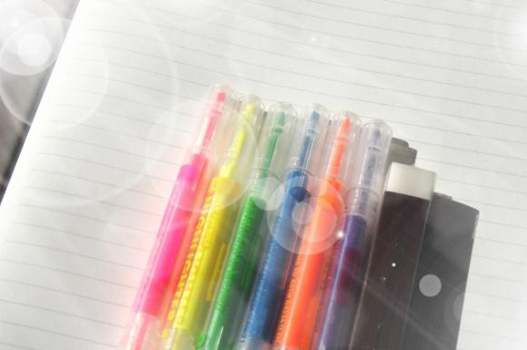 蛍光ペンおすすめ比較ランキング!人気最強で使いやすいのは?