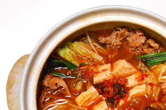 キムチ鍋の素おすすめ比較ランキング!人気な簡単で美味しい商品は?
