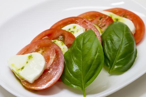 モッツァレラチーズおすすめ比較ランキング!サラダやおつまみに人気なのは?
