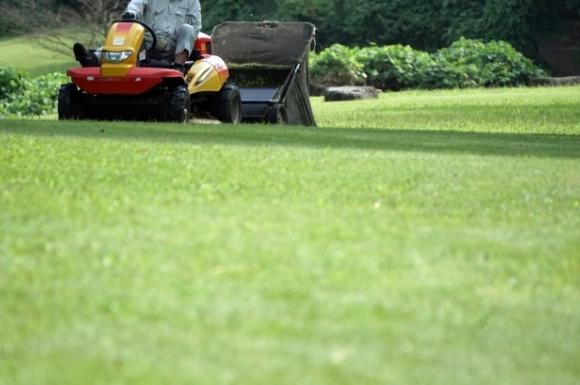 おすすめの芝刈り機ランキング!人気商品を比較