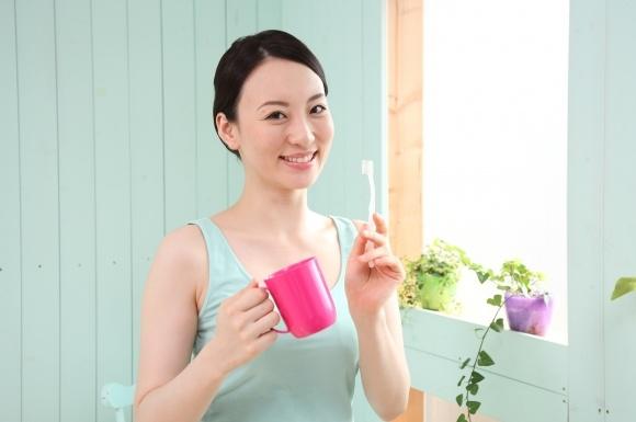 女性 歯磨き