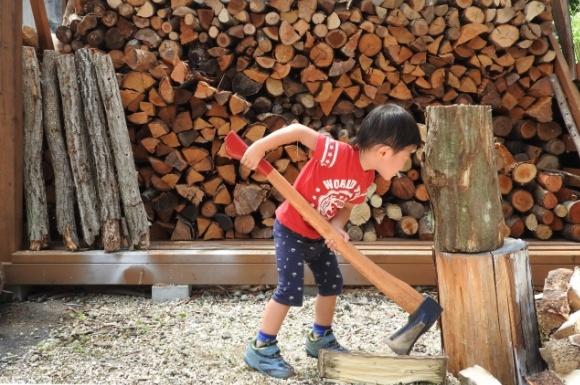 薪割り 子供