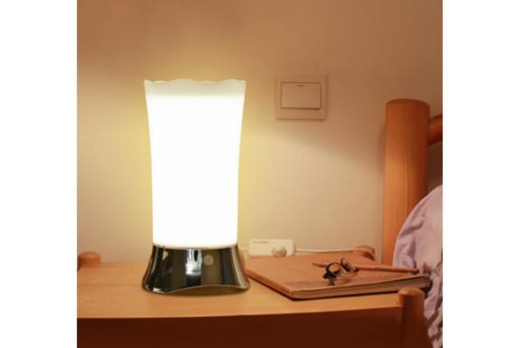 YouKenn センサーライト 室内 人感 3つモード フットライト ナイトライト 足元灯 寝室ライト 暖色系ライト 玄関 階段 廊下 照明 電池式 良い雰囲気